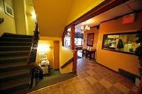 liquor store rooms pub - 2